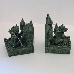 NWT Vintage/Dis Medieval Times Gargoyle Bookends
